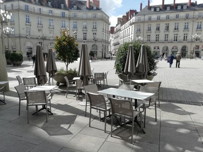 Terrasse Charles H place Graslin Nantes